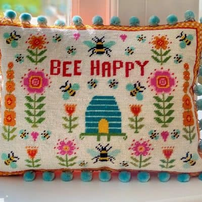 Bee printed canvas tapestry